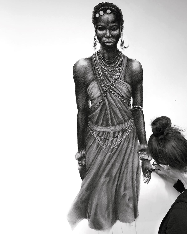 In Arbeit: Tanz der Massai © Rita Stern Kunst Miltenberg
